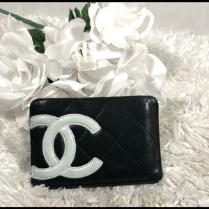 Chanel black cambon card holder